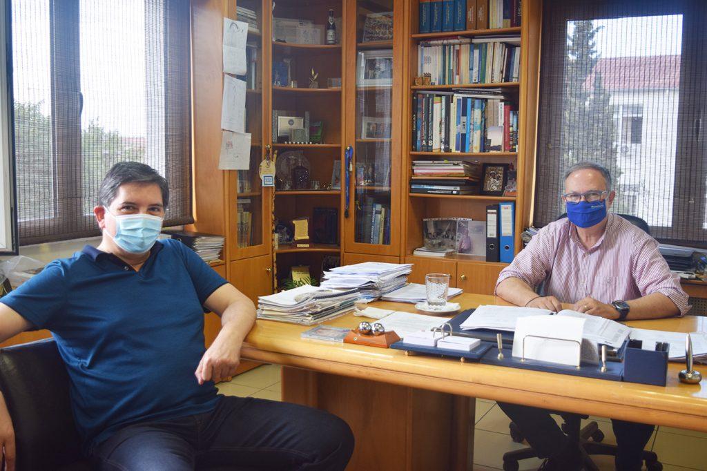 Συνάντηση Δημάρχου Παύλου Μελά Δημήτρη Δεμουρτζίδη με τον Πρόεδρο του  ΟΑΣΘ Γιώργο Σκόδρα